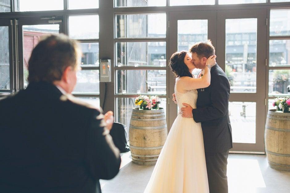 Toronto_Wedding_Photographer_026
