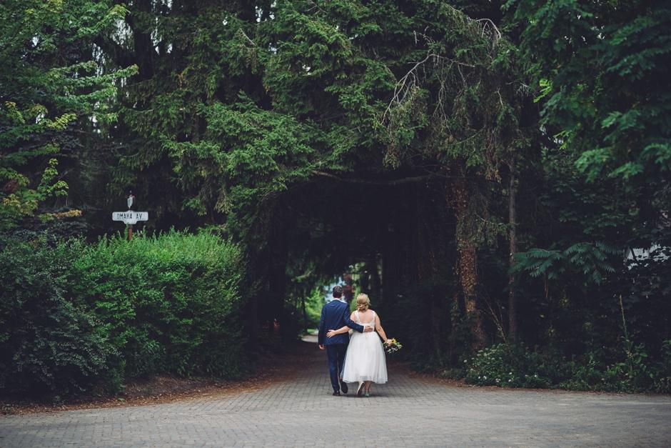 garden party chic toronto wedding 084