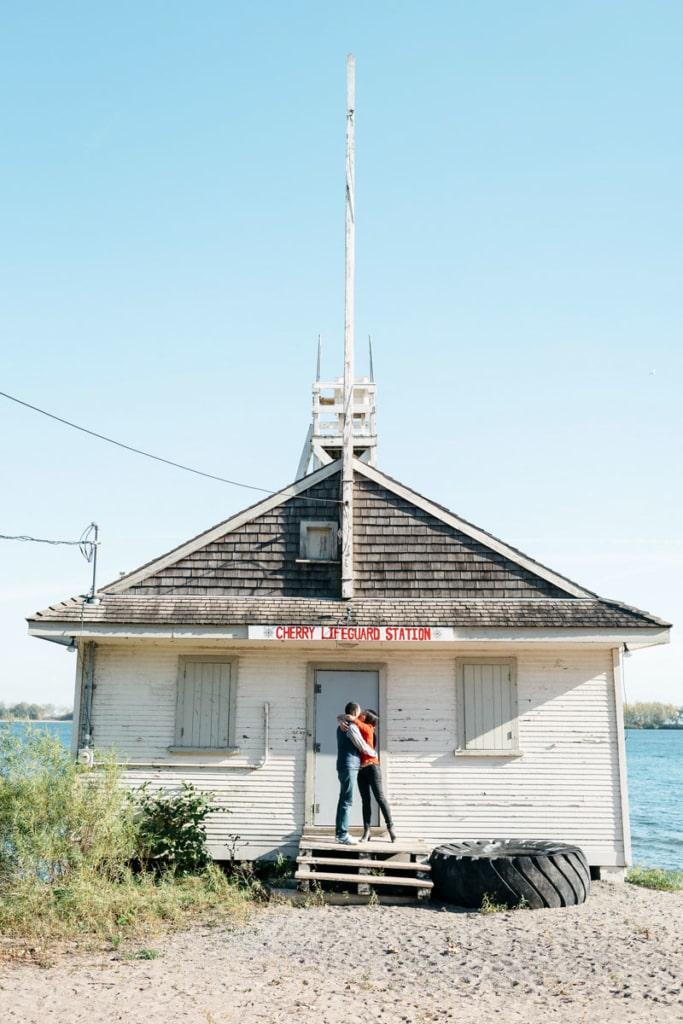 Distillery District Engagement | Creative Wedding Photographer | Toronto Wedding Studios | Engagement photos at Cherry Beach